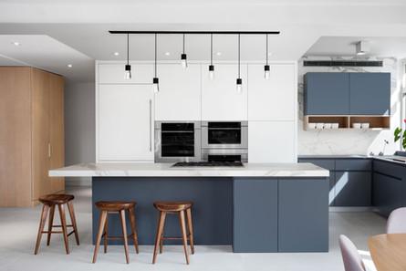 Upper-East-Side-Loft-kitchen-porcelain-m