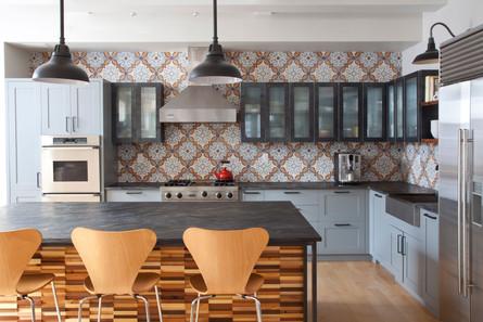 Flatiron-downtown-loft-kitchen-cement-ti