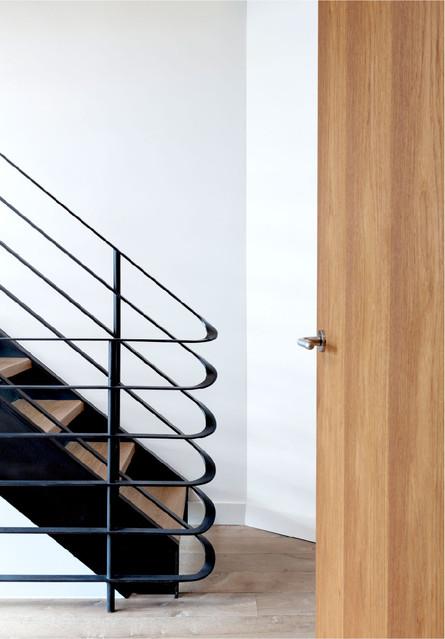 Noho-triplex-staircase-blackened-steel-t