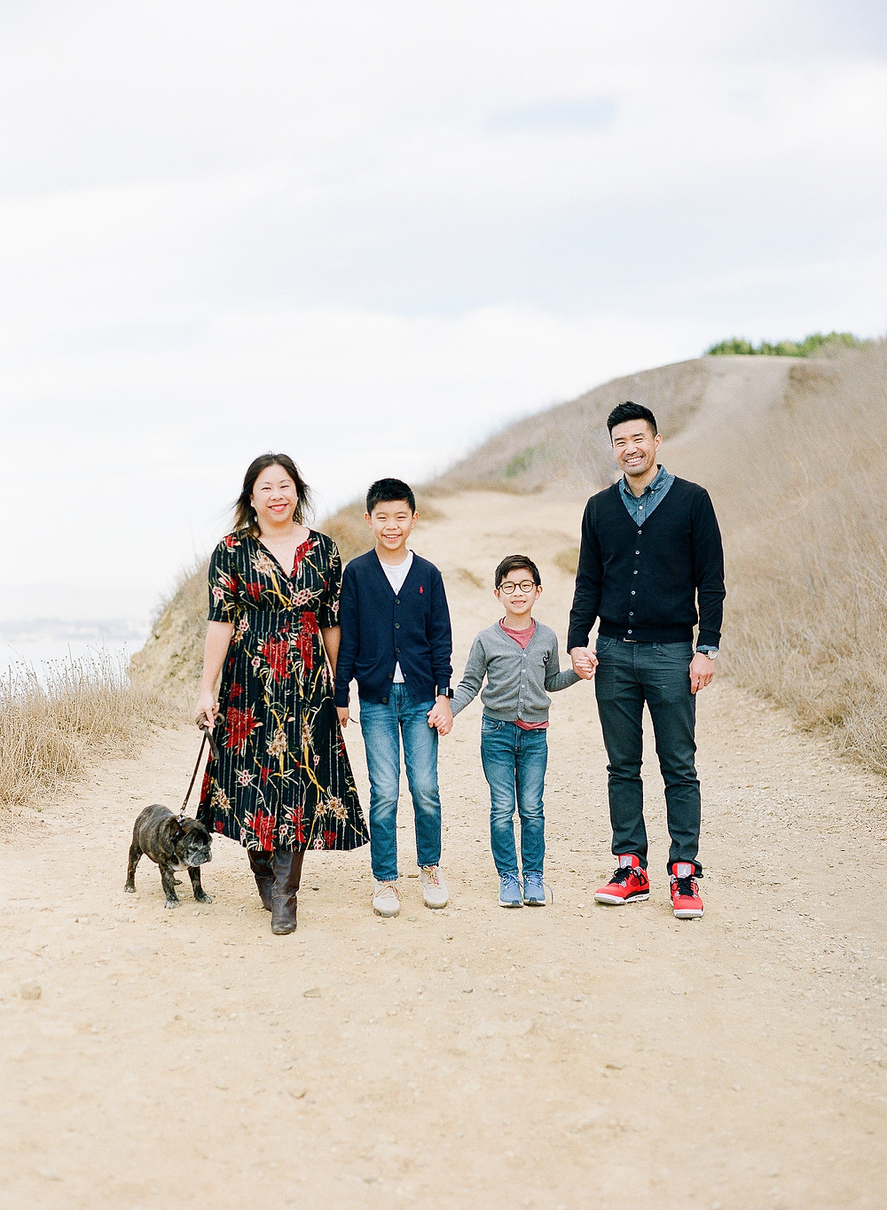 Bluff Cove Palos Verdes Family Photos of parents with two boys