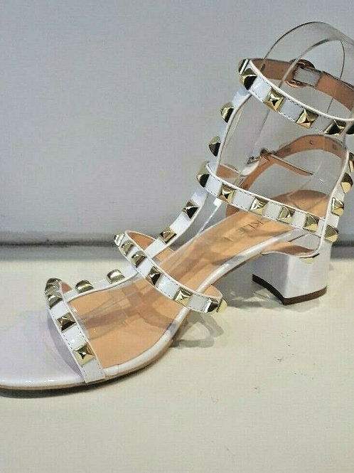 BS- 7, Gladiator sandals