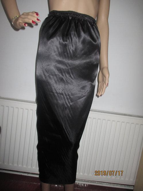 Hobble Satin Lined Skirt
