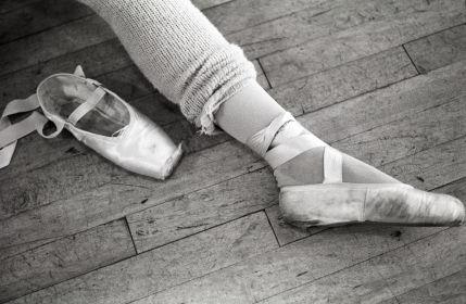 dancer's legs.jpg