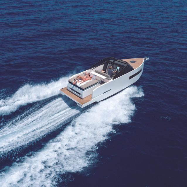 De Antonio Yachts_D28 Cruiser_02.jpg