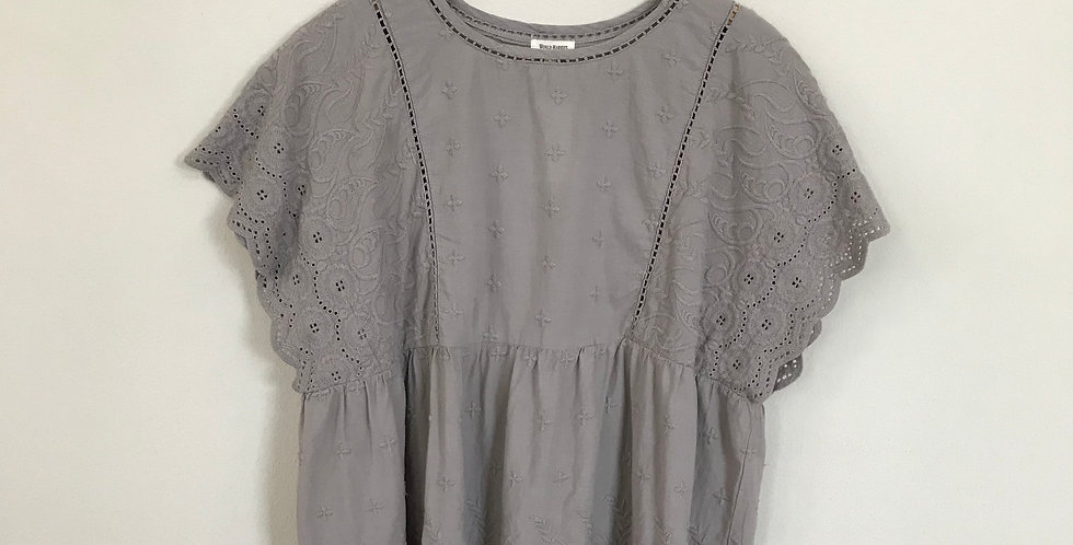 World Market Embroidered Top, Size L/XL