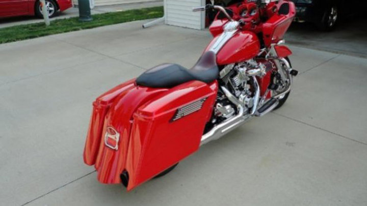 Top Shop Harley Davidson OEM Style Viper bag kit 2013 and Down