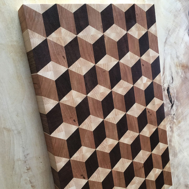 3D Illusion Cutting Board