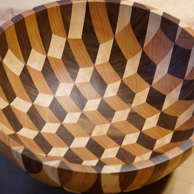 3D Illusion Bowl