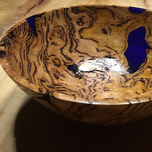Eucalyptus Burl with Ultramarine Blue Inlay