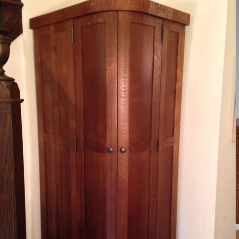 Quarter-sawn Oak Corner Cabinet