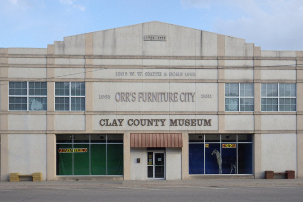Clay County Museum Building