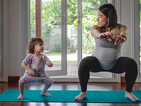 5 Exercises and Stretches Expecting Mothers Can Do At Home