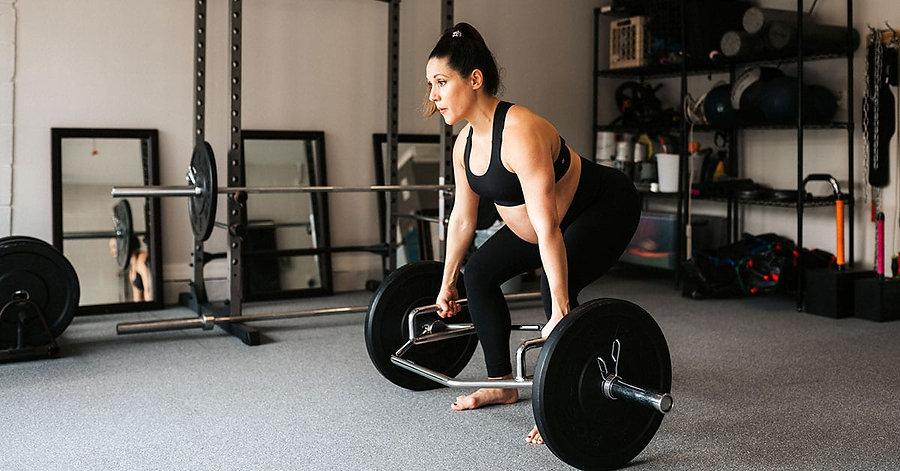 Elizabeth-ExercisingPregnancy-FeaturedIm