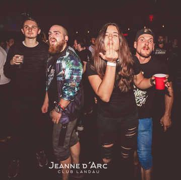 Club_Jeanne_Darc_Landau_RaiseYourCup109.