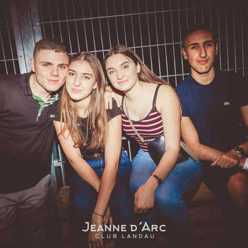 Club_Jeanne_Darc_Landau_RaiseYourCup150.