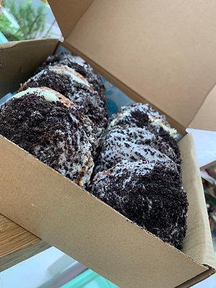 Oreo Donut Box (x8)