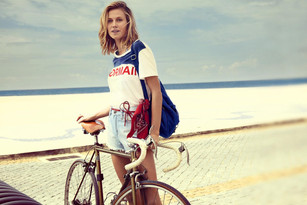 APPEALING TO A VAREITY OF SURF SENSE WITH FASHION'S PAMELA COLPO & MORMAII