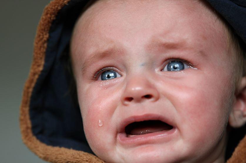 porque o bebê chora tanto