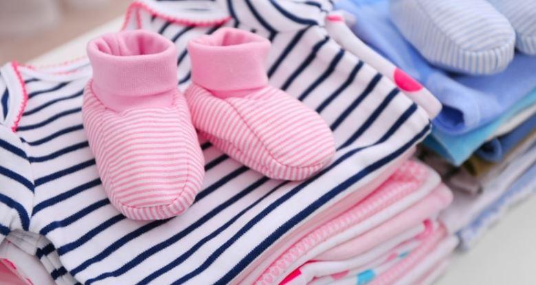 como organizar o guarda roupa das crianças