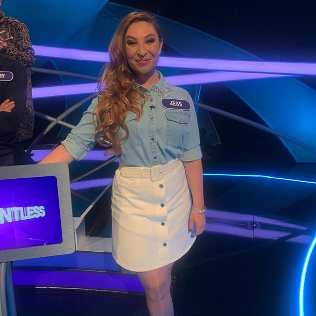 JESS ROBINSON X CELEBRITY POINTLESS