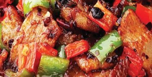 Roasted Garlic Iberico Pork Collar 祘椒爆黑毛猪颈肉 (450G UP)