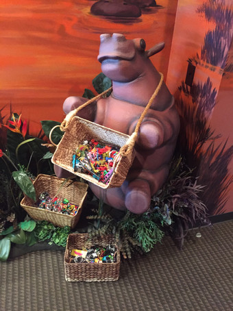 Hippo treat baskets