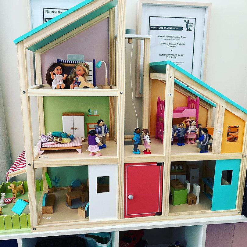 Dolls House.jpg