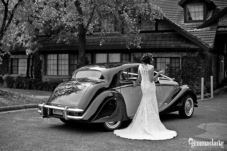 Elegant bride, elegant car
