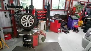 認証整備工場 | カーネット | carnet | 自動車整備 | 自動車販売 | 車検 | 修理 | カスタマイズ | 日本 | 広島 | ピット | 設備