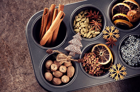 Christmas spices for baking cookies or S