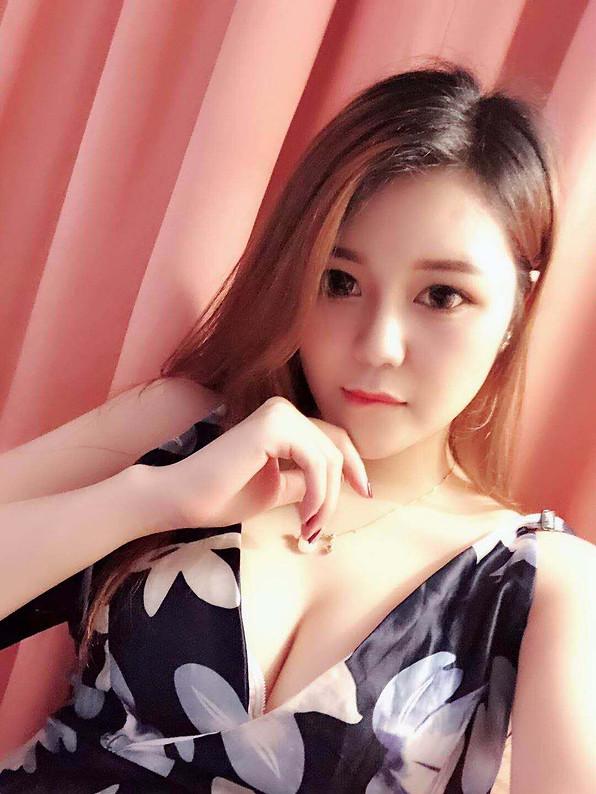 小玲 Xiao Ling