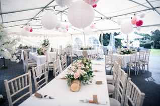 Wedding Photographer Solihull, the wedding breakfast in a marquee before the guests arrive at the elephant & castle rowington