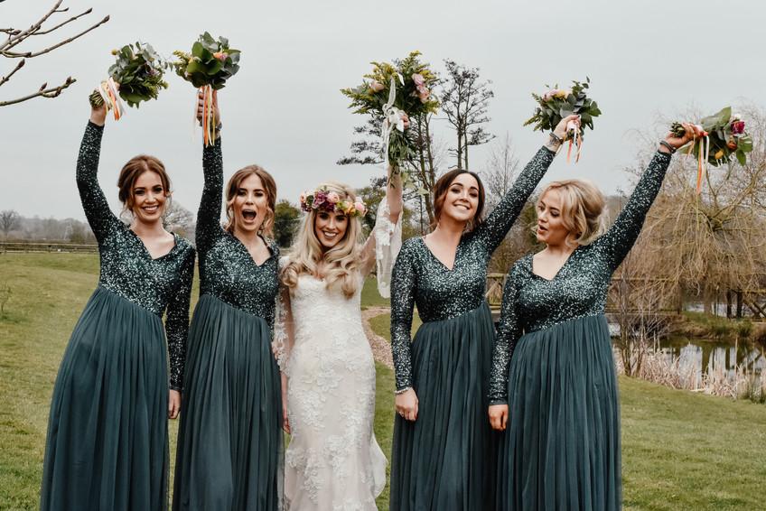 Wedding Photographer Birmingham, the bride & bride tribe at Wootton Park i Henley in Arden