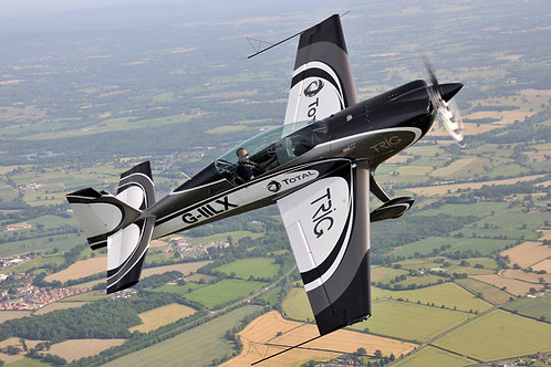 20 Minute Aerobatic Experience in the amazing Extra 330