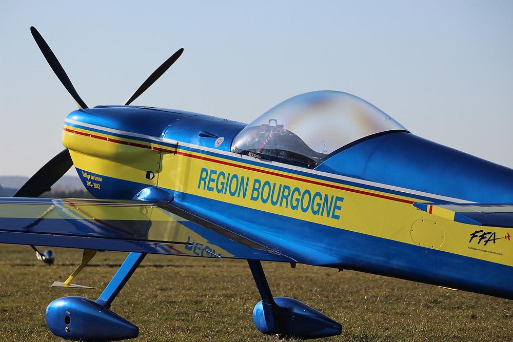 Air Displays with Ultimate Aerobatics