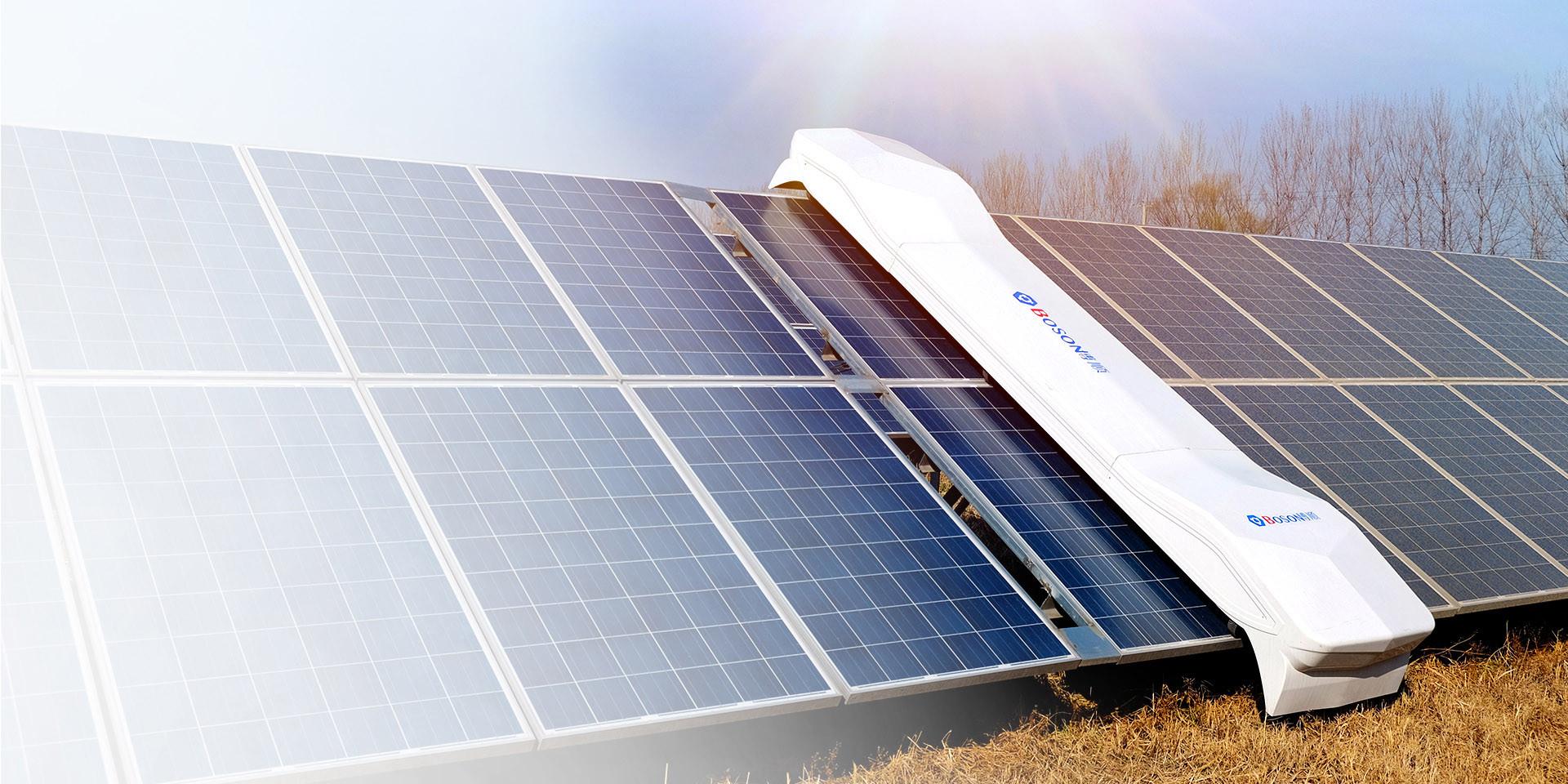 robots para limpiar de modulos fotovoltaicos especiales para el desierto de Chile