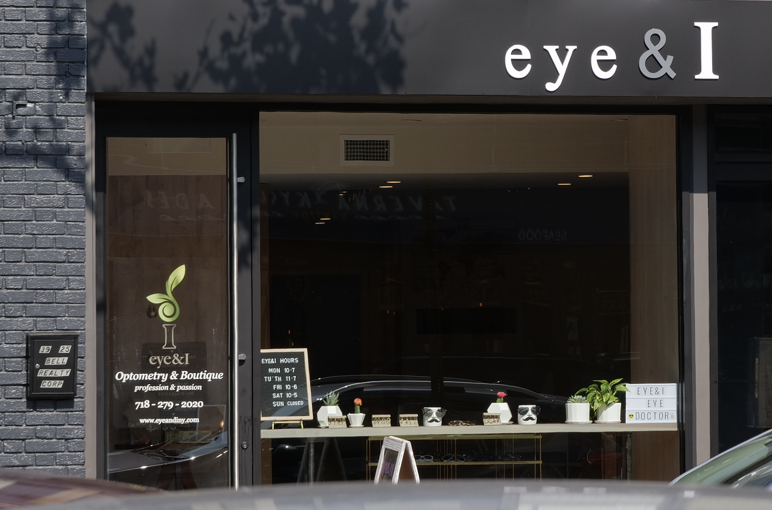 eye-and-i-bell-blvd-bayside-eyewear-shop