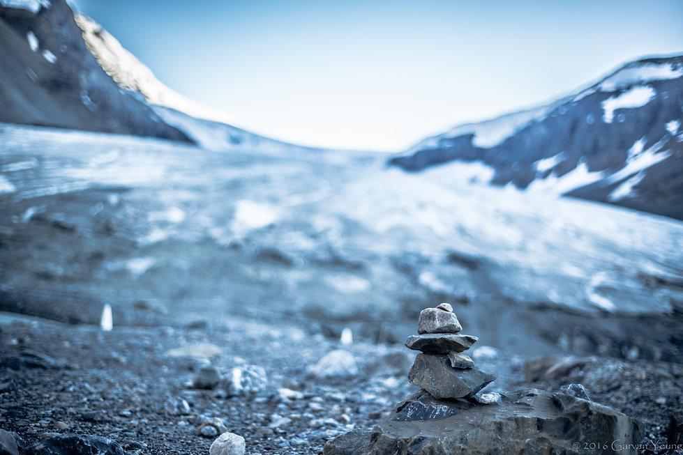 Inuksuk overlooking the glacier