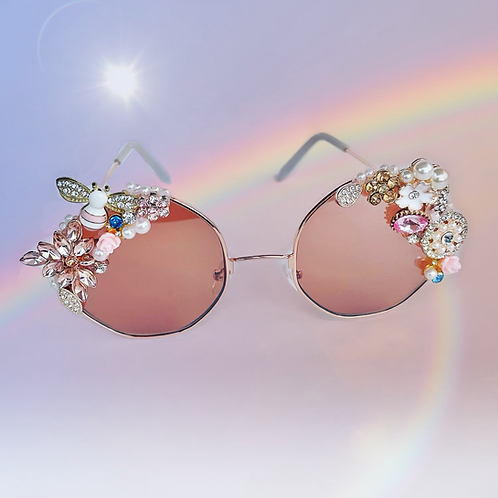 🐝 Ixora 🌸 Crystal Bumble Bee Flower Rose Gold Pastel Jewel Sunglasses