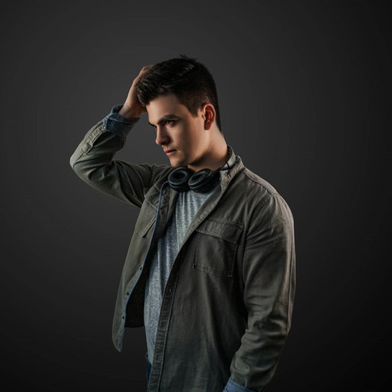 New release: Alexander Pielsticker - Light And Dark (single)