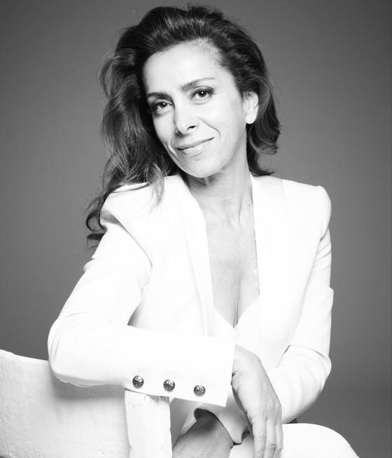 "Lifestyle Guru Karen Ruimy is set to swap Flamenco for Jazz covers with upcoming EP ""Black Coffee"""