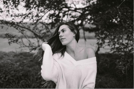Airline Delay Leads to Killer New Track by Laura Mitchell!