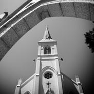 Church in Santa Cruz.jpg