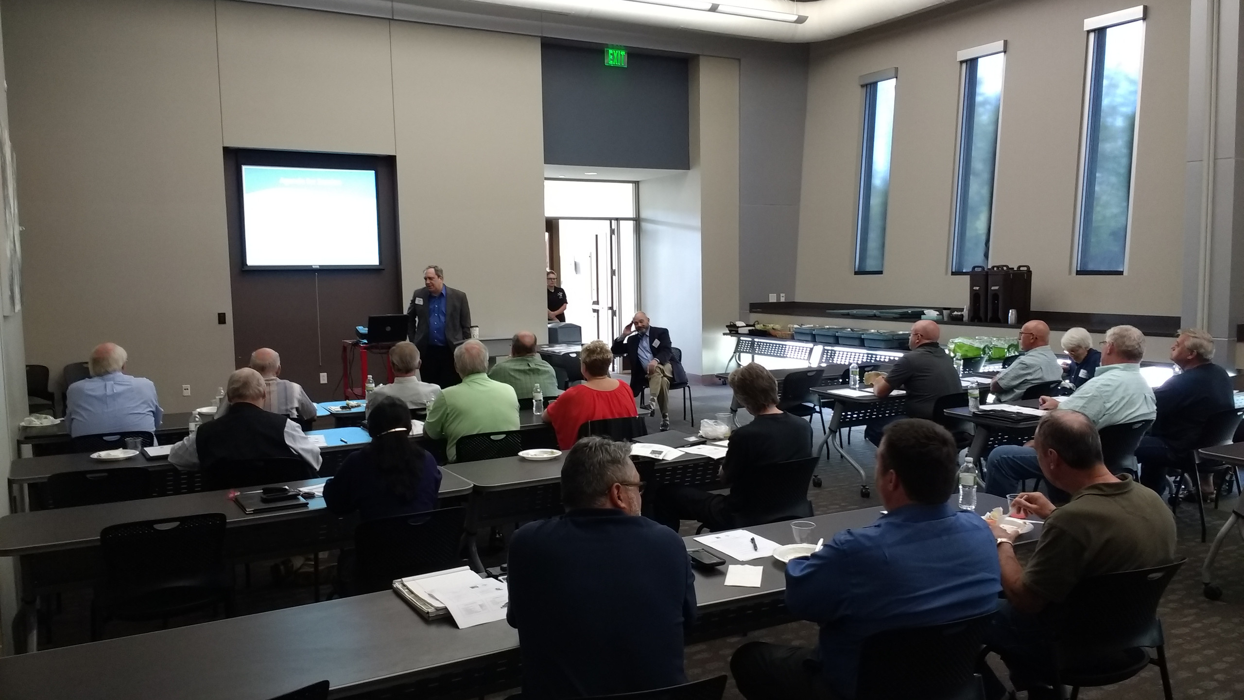 Les Pollock, FAICP and Michael Blue, FAICP present at the Plan Commissioner Training in Moline, IL 05-10-18 (photo by Shawn Christ, AICP, City of Moline)