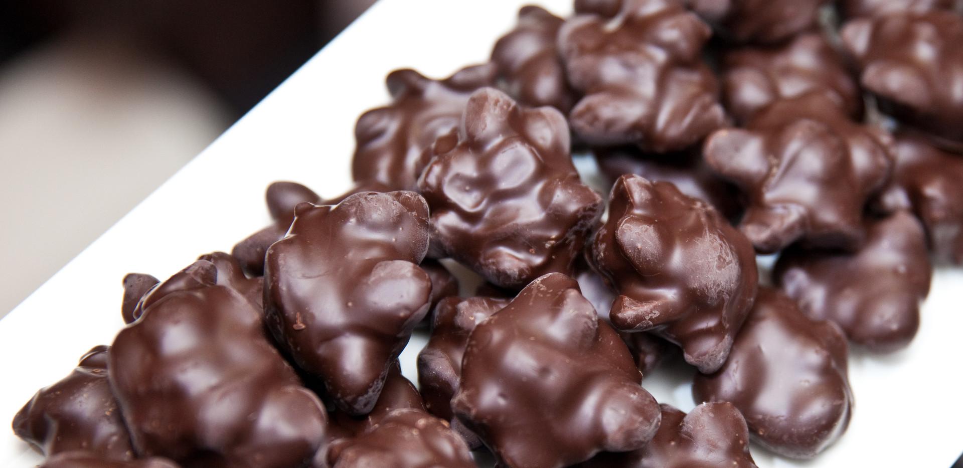 Peanut Clusters - Dark