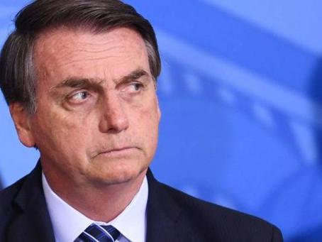 Aprovação do governo Bolsonaro cai em 23 capitais