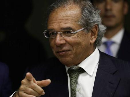 Brasil abre 394 mil vagas de emprego em outubro e bate recorde que durava 29 anos.
