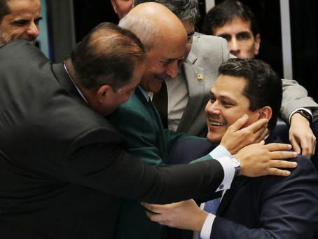 Para emplacar seus candidatos nas eleições do Congresso, Bolsonaro pode reformar ministérios