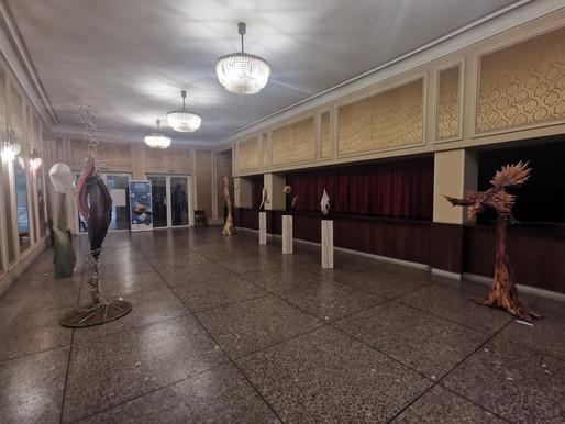 Изложба дървопластика се откри във фоайето на ДТ Ловеч
