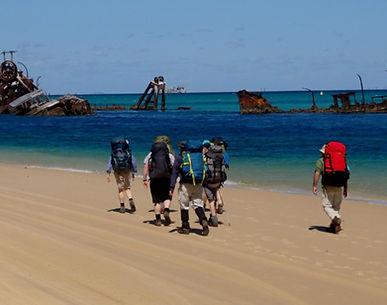 Walkers-on-Moreton-Island.jpg